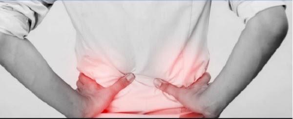 Đau 2 bên hông sau lưng do đâu và cách điều trị cùng ghế massage Okasa