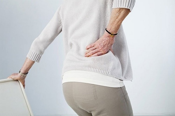 Thoát khỏi cơn đau dây chằng lưng với ghế massage trị liệu một cách dễ dàng
