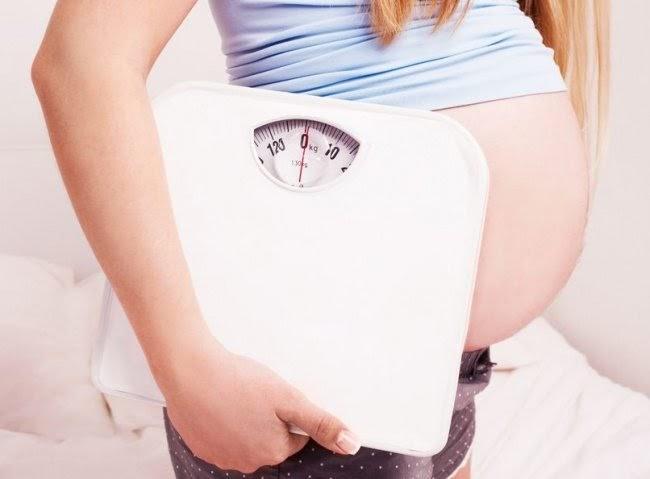 Đau lưng khi mang thai do đâu và cần lưu ý những gì để phòng tránh tình trạng này