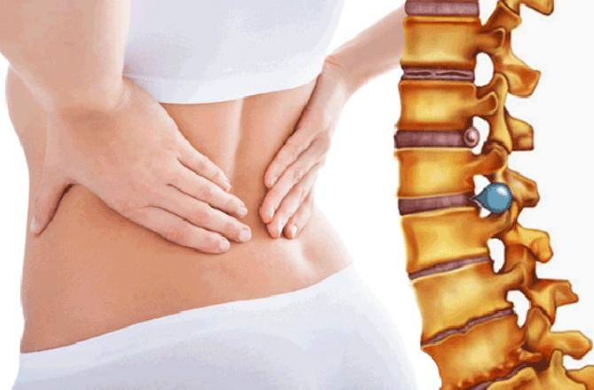 Cách điều trị đau lưng khi nằm ngửa với ghế massage