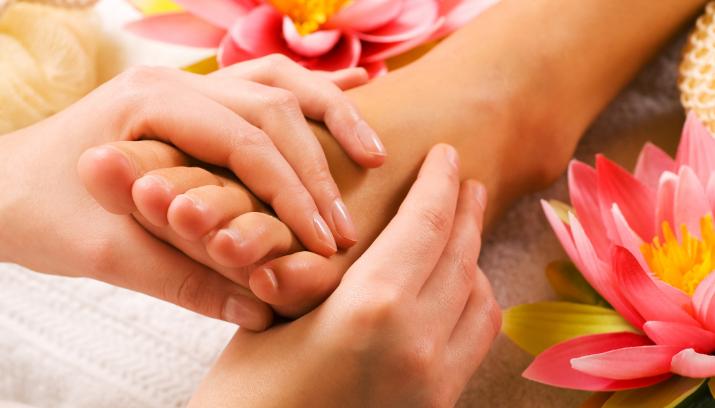 Chân bị sưng nhưng không đau có thể là bệnh gì?