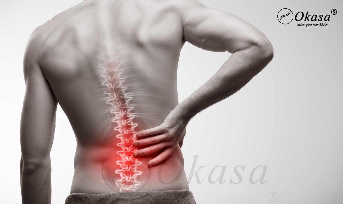 Sử dụng ghế massage toàn thân trị đau thắt lưng