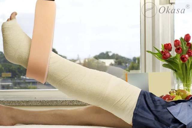 Điều trị gãy cổ xương đùi ở người cao tuổi