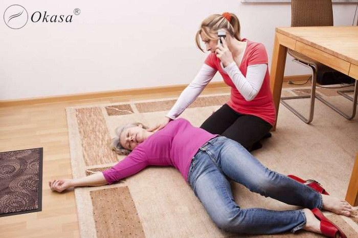 Công dụng của ghế massage đối với người bị tai biến