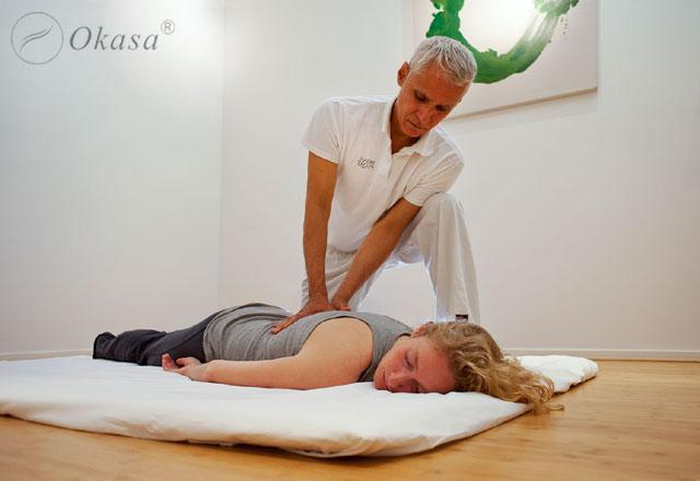 Massage mô sâu có thể gây tác dụng phụ và cách phòng tránh