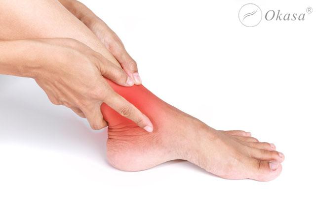 Mắt cá chân bị sưng đau, cách xử lý