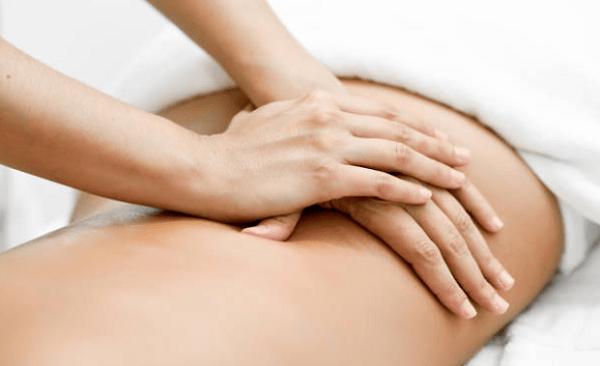 Mát xa giảm mỡ bụng có hiệu quả không? dùng ghế massage có làm giảm mỡ bụng được không?