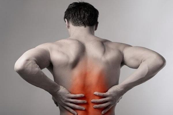 Nguyên nhân đau lưng dưới ở phụ nữ - nam giới là gì và cách điều trị với ghế massage