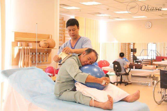 Phục hồi chức năng cho người bị tai biến mạch máu não