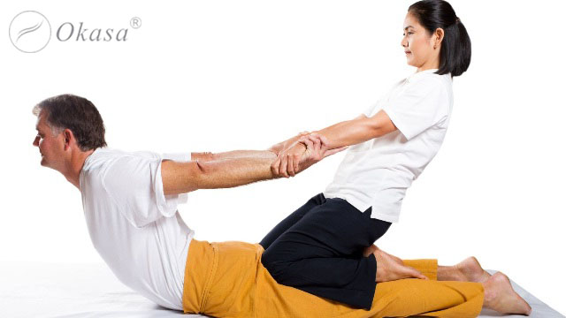 Phương pháp massage kéo giãn kiểu Thái