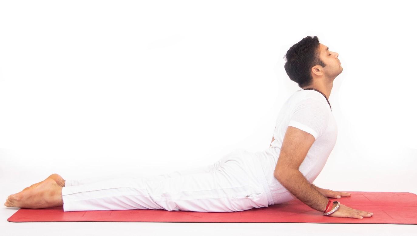 Bài tập yoga cho người đau vai gáy tại nhà đơn giản hiệu quả