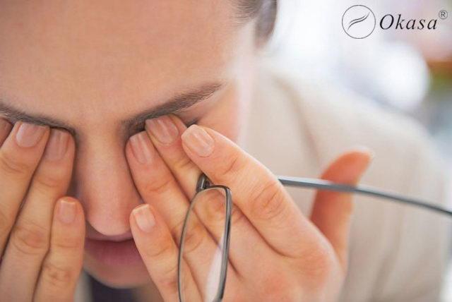 Massage và những cách chống khô mắt cho dân văn phòng
