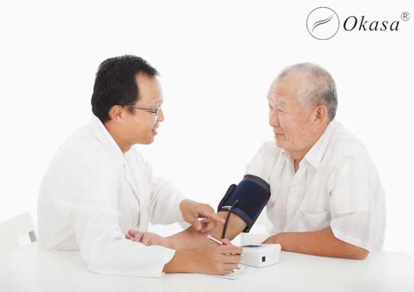 Phương pháp massage kết hợp thực dưỡng hạ huyết áp trong 5 phút