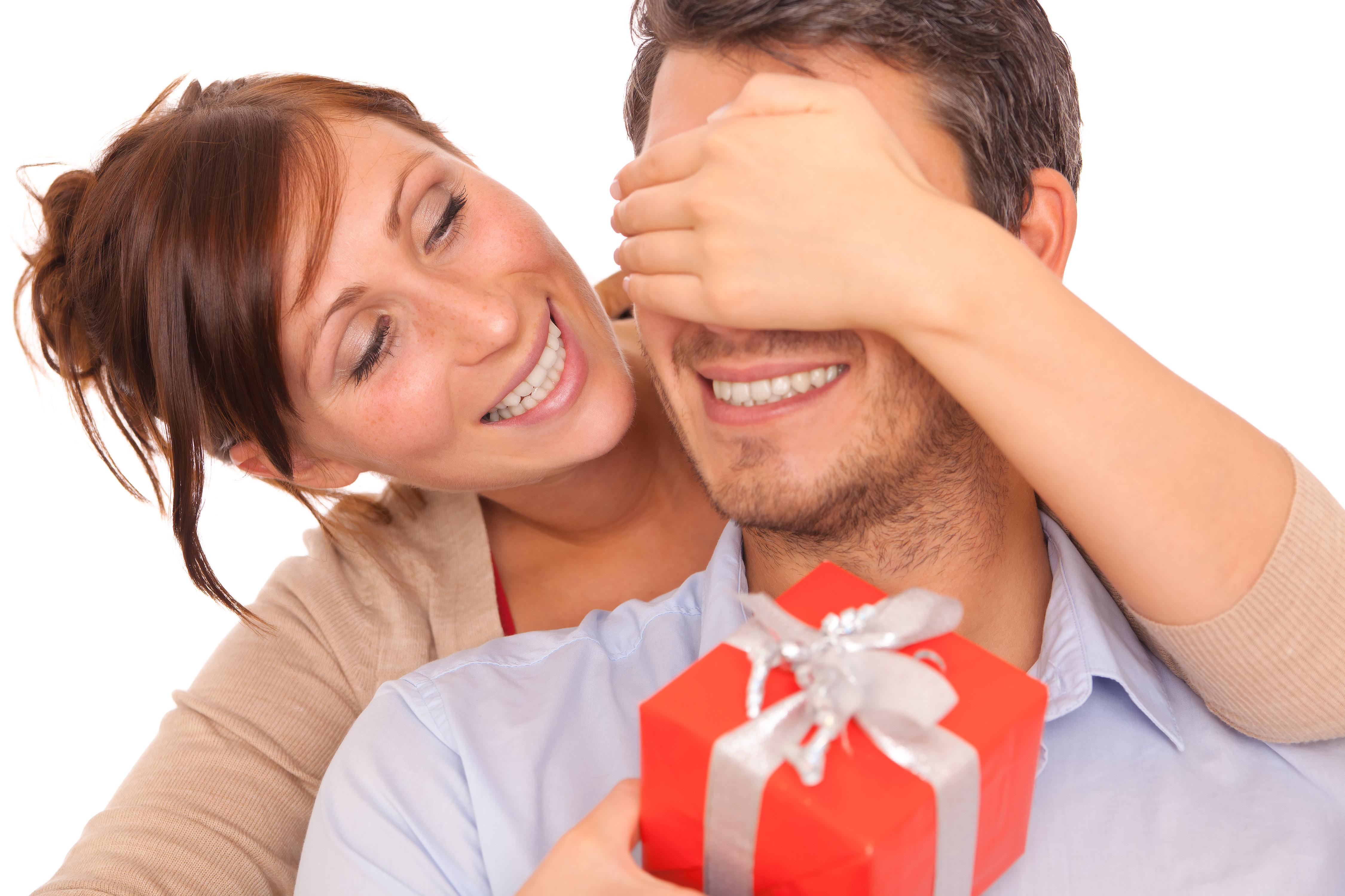 Chọn mua quà tặng sinh nhật cho chồng như nào mới là ý nghĩa