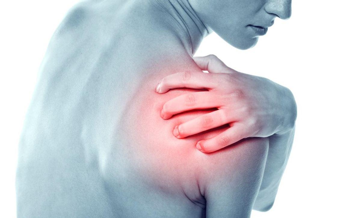 Cách xử trí khi bị chấn thương khớp vai